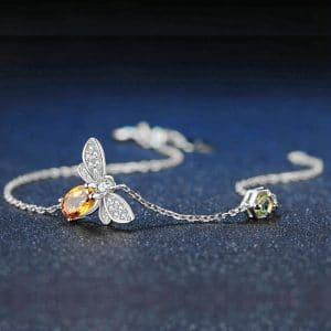 Bracelet abeille en argent et chaine plaquée or blanc