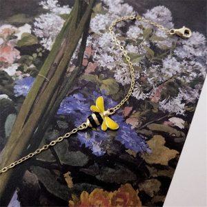 Bracelet plaqué or avec pendentif en forme d'abeille 2